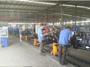 潍坊百利拖拉机有限公司新厂区首台1204拖拉机下线