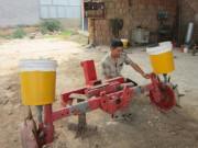 农民发明新型施肥播种机获国家专利认定
