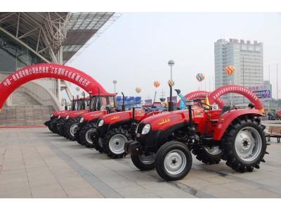 中国一拖在07年江苏农机展