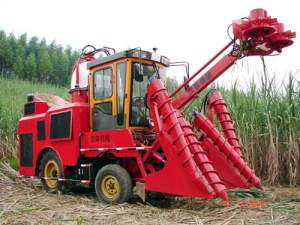 柳州汉升公司整杆式甘蔗联合收割机