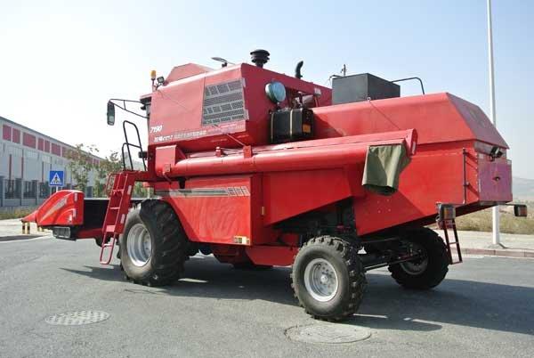 牧神4YZT-7型自走式玉米籽粒收获机