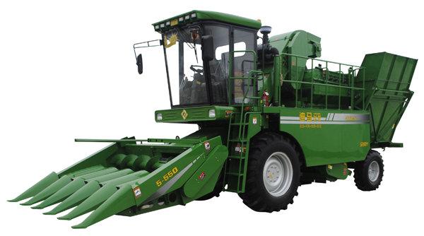 青岛玉米联合收割机_迪马4YZ-5H玉米收割机-迪马玉米收割机-报价、补贴和图片