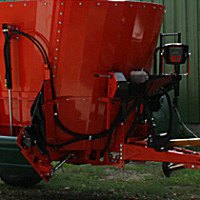 庫恩PROFILE 470立式單攪龍飼料攪拌機