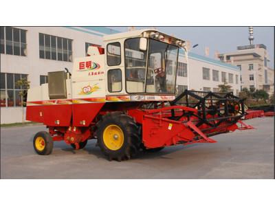 山东巨明4LZ-2.0型自走式大豆联合收割机