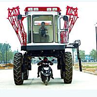 現代農裝(中農機)3WZG-3000A自走式噴桿噴霧機