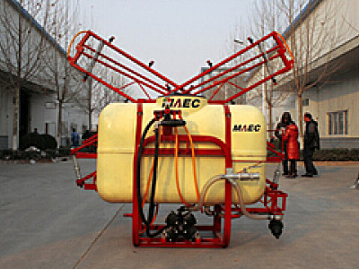 现代农装(中农机)3WX-650悬挂式喷杆喷雾机