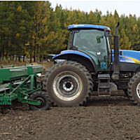 紐荷蘭T6090輪式拖拉機