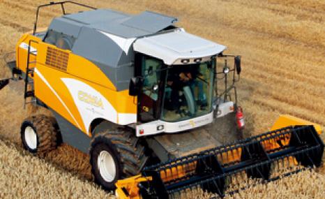 泰科Comia轮式谷物联合收割机