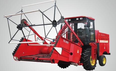 農哈哈4QZ-12自走式青飼料收獲機