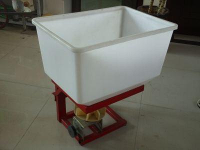 天津佳昊CDR450/CDR750撒肥机