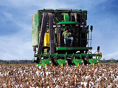 約翰迪爾9970自走式摘棉機