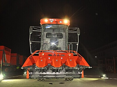 金利6L88四行自走式玉米收获机