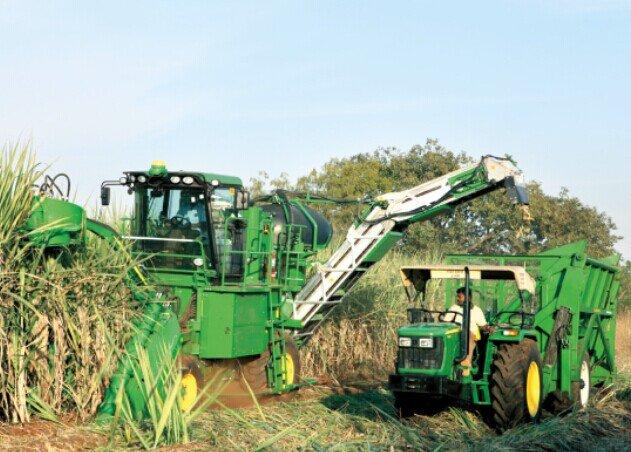 约翰迪尔CH330 新型甘蔗收割机