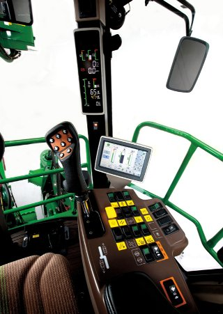 约翰迪尔(John Deere)CH330新型甘蔗收割机安静舒适,视野清晰的驾驶室