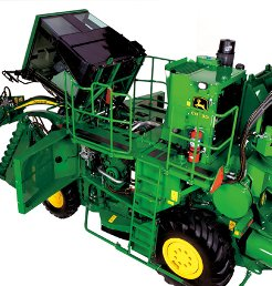 约翰迪尔(John Deere)CH330新型甘蔗收割机倾斜式驾驶室,出入便利、方便维修