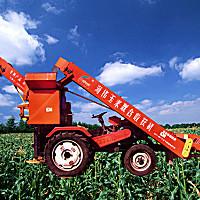 海偉加長槽型玉米收割機