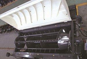东华4LZ-2.5Z全喂入联合收割机