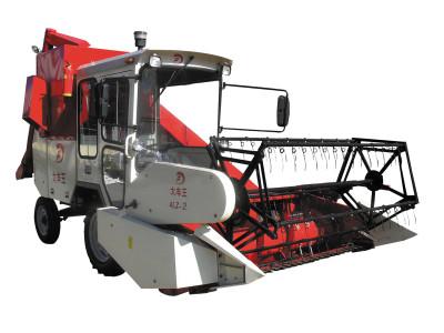 大豐王4LZ-2型自走式谷物聯合收割機