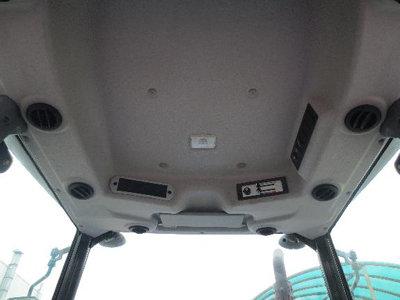 东风井关T954拖拉机驾驶室