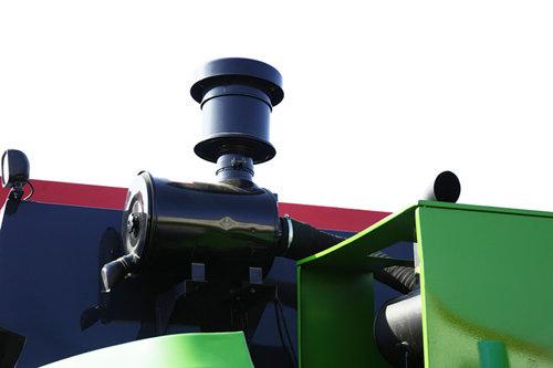 中国收获4LZ-7(D7140)自走轮式谷物联合收割机细节