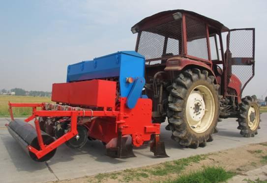 黄鹤2BYM-12油菜小麦兼用联合播种机