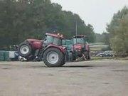 凱斯CVX1190型拖拉機雜技表演