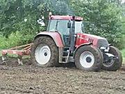 各种拖拉机多种作业