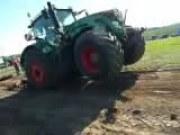 芬特936拖拉机牵引比赛