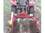 璞盛4U-85马铃薯收获机收获现场视频