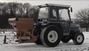 阿瑪松撒鹽機作業視頻