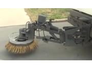 山东国丰SZ2600智能电液一体多功能清扫机作业视频