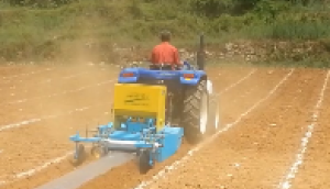 成帆1GVF-120型旋耕起垄施肥覆膜机作业视频