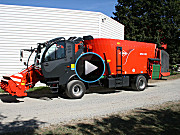 库恩饲料搅拌机作业视频-天津库恩农业机械有限公司