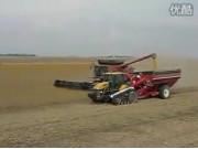 凯斯纽荷兰9120收割机作业视频