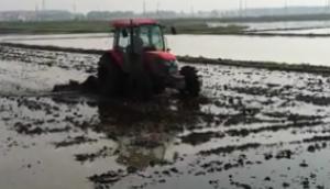 富爾農機折疊式水田耙漿機作業視頻