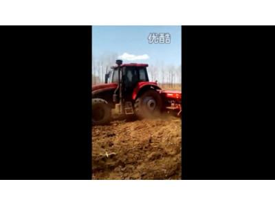东方红1254配套马斯奇奥作业视频