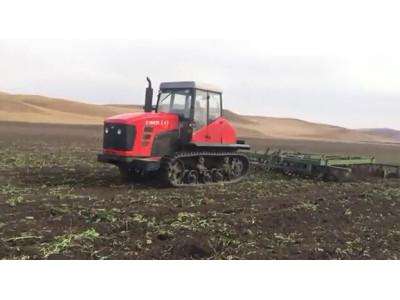 东方红C1802E履带拖拉机在内蒙带联合整地机作业视频