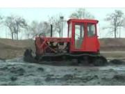 东方红CA802履带拖拉机视频