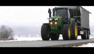 约翰迪尔6M系列拖拉机作业视频